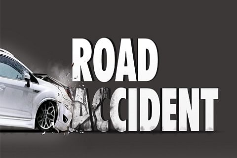 Couple injured in road mishap