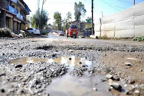 Mendhar villagers crave for better roads