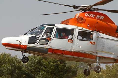 Tourism stakeholders welcome launch of heli-service in Kashmir