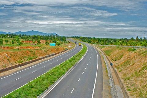 Ramban: Debris dumping along highway goes unnoticed