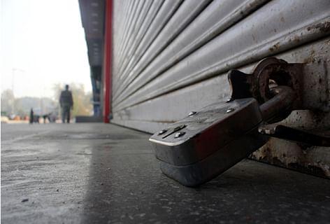 Spontaneous shutdown in Bijbehara to mourn deceased militants