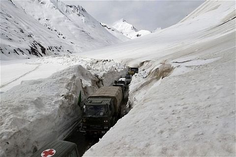 Committee to manage opening, closing of Zojila pass