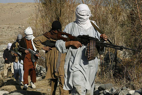 """Taliban """"push further"""" into Sangin town in Helmand"""