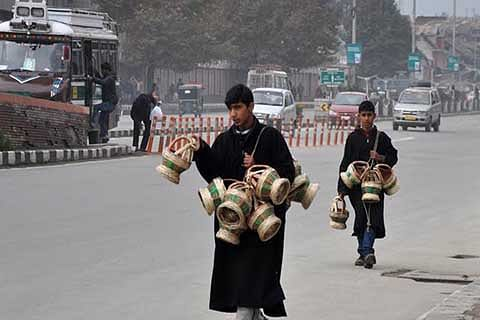 Temperature goes 'slightly up' in Kashmir