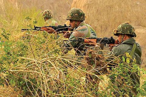"High alert in Gurdaspur, Pathankot after sighting of 'suspicious men"""