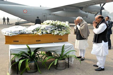 PM Modi pays homage to Mufti Sayeed at Palam airport