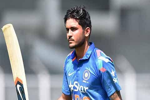 5th ODI: India beat Australia by 6 wickets