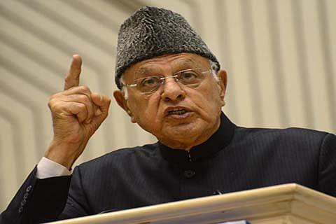 Farooq bats for friendly Indo-Pak ties