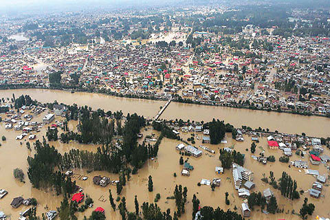 'Finalise scheme for flood affected traders in 15 days'