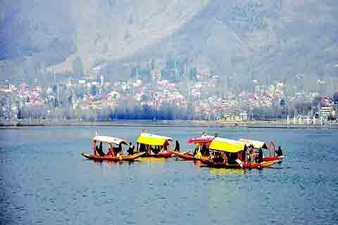 Strengthening Tourism in Kashmir