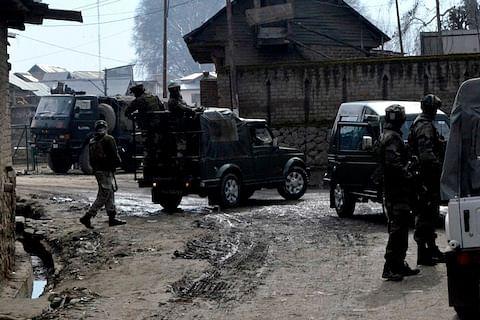 Soldier injured in Kulgam gunfight