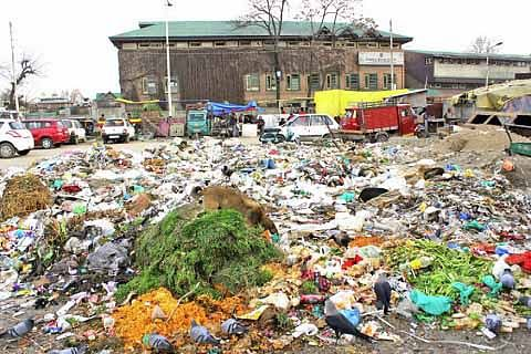 Heaps of garbage scattered in Ramban