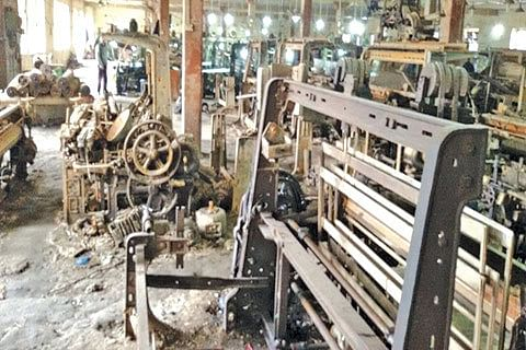 Rajbagh Silk Factory dying a silent death, thanks to official apathy