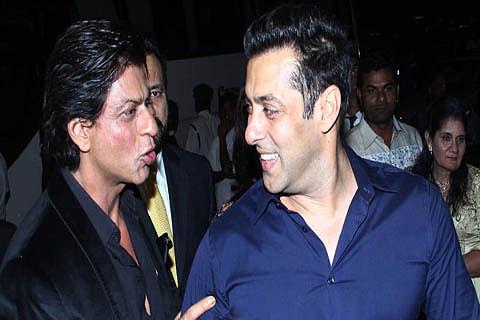 "Shah Rukh welcomes Salman's ""Sultan"""