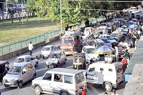 'Prevent wrong parking to streamline traffic'