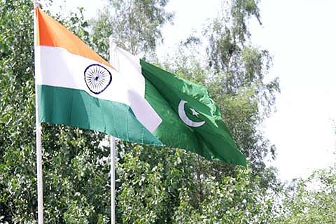 India, Pakistan hold flag meeting