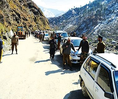 5 years on, only 65% work done on 4-lanning of Srinagar-Banihal stretch