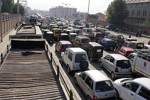 Durbar Move: 1-way traffic on highway on Apr 30, May 1
