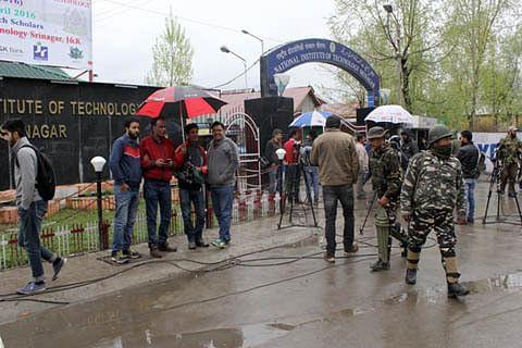 Paramilitary forces at NIT Srinagar will not alienate Kashmiri youth: Govt