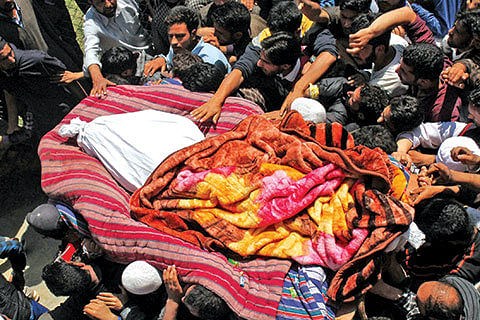 3 militants killed in Panzgam encounter