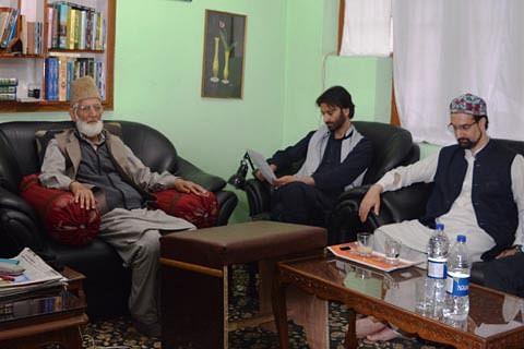 Geelani, Malik, Mirwaiz hold joint meeting, call for strike on Thursday