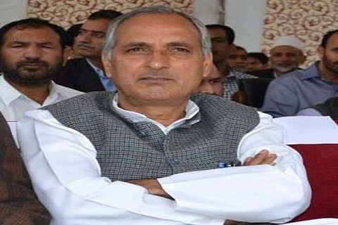 Govt committed to ensure holistic development of city: Veeri