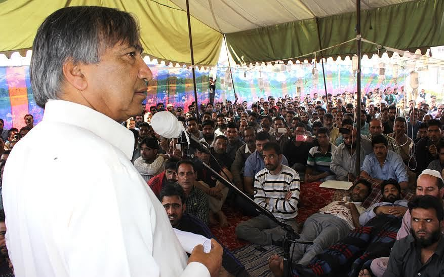 Regularize youth engaged in departments: Tarigami to Govt