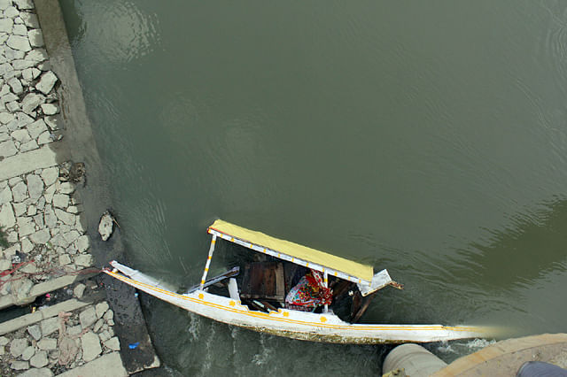Man Drowns After Boat Capsizes in Jhelum Waters in Srinagar