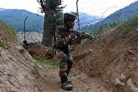 Militant killed in Machil gun battle