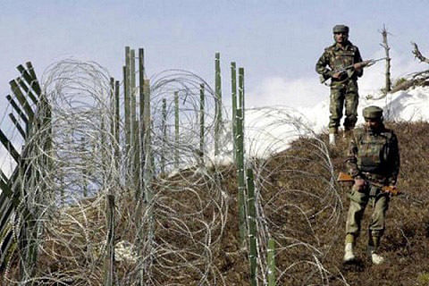 Indian, Chinese troops lock horns at LAC