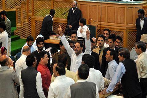 Ruling, oppn MLAs protest over reservation issue in Kashmir assembly