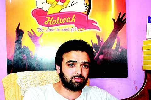 Shoaib's HotWok teasing Baramulla's taste buds