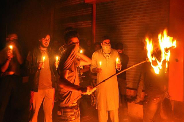 Nocturnal Protests At Abi Guzar Srinagar