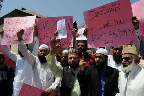Solidarity march in Kashmir capital for Dr Zakir Naik