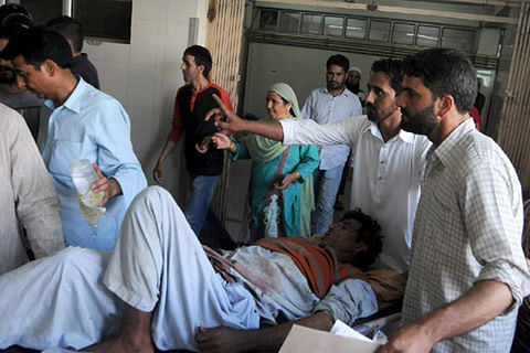 Curfew-hit Kashmir hit by shortages of medicines, food