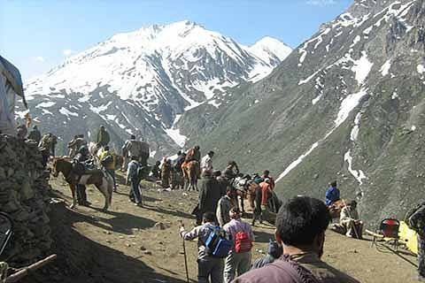 Amarnath Yatra to remain suspended on Friday