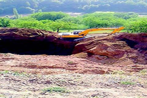 Soil excavation continues in Budgam Karewas