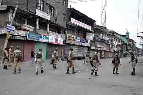 Day 14: Curfew, shutdown continue across Kashmir