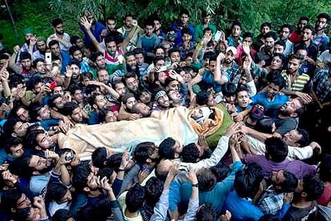 Kashmir – Back on the brink