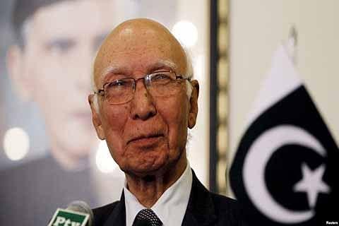 Pak to Swaraj: Only Kashmiris can decide Kashmir's future