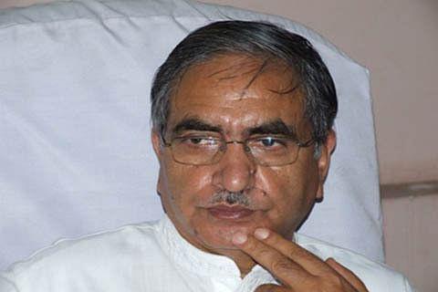 Resolve Kashmir issue: GH Mir to Rajnath Singh
