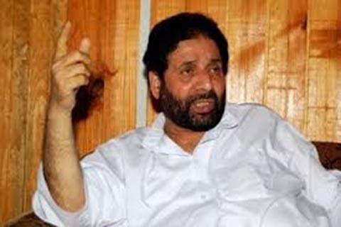 Kashmir needs political solution: Hakim Yasin to Rajnath Singh