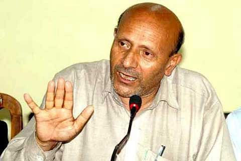 Don't blame Pakistan for Kashmir unrest: Rashid