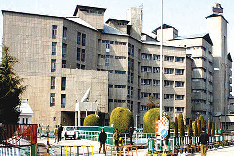 SKIMS Soura starts home care services for cancer patients