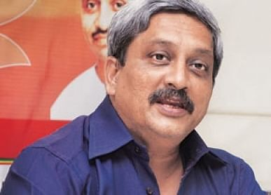 """Army has to fire, can""""t use lathi: Parrikar"""