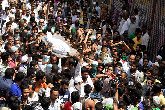 Mourners Defy Curfew As They March With Body Of Chattabal Youth