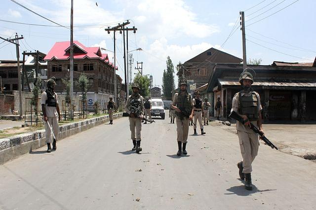 Curfew In Old Srinagar City On 27th Consecutive Day