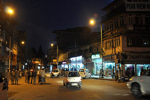 Lal Chowk opens after 6 pm