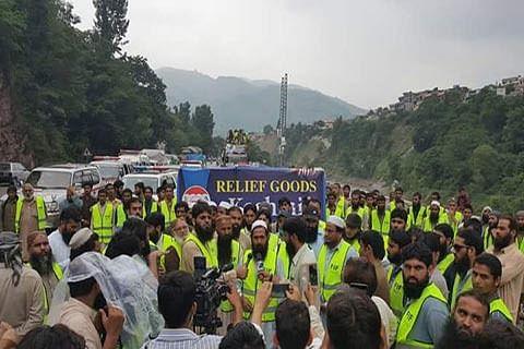 Pak police stop JuD caravan for Kashmir