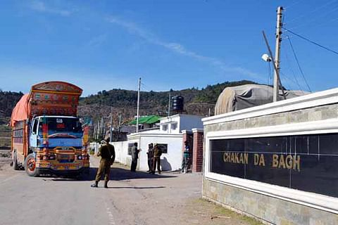 Cross-LoC trade suspended along Chakan da Bagh route